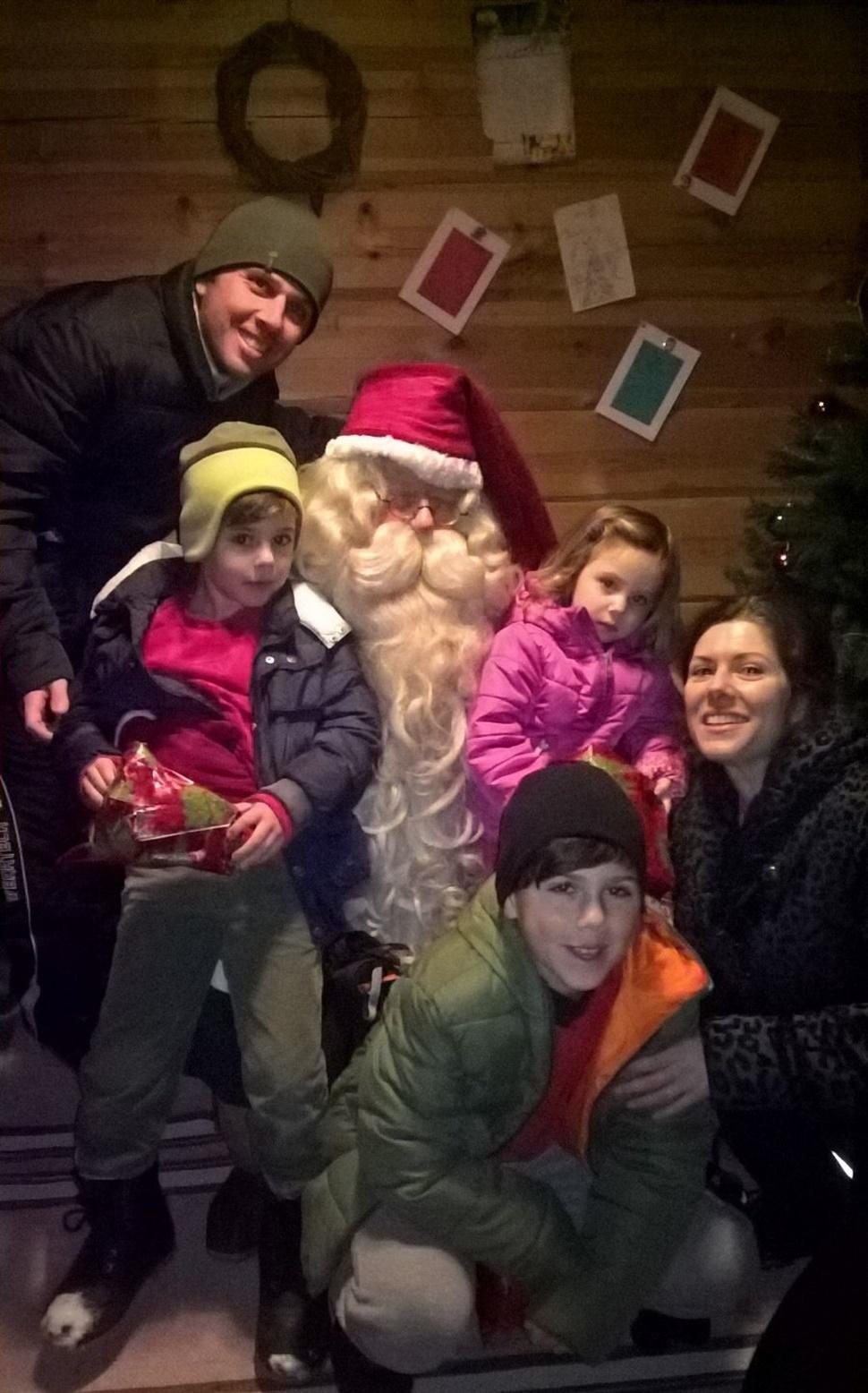 Familia Carbonell Gomez Arctic Fin de Ano 2016 1
