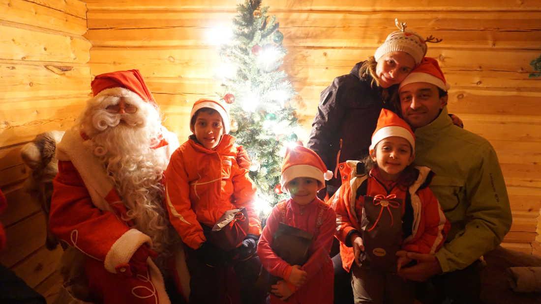 Familia Lorer Arctic Circle Rovaniemi Navidad 2015